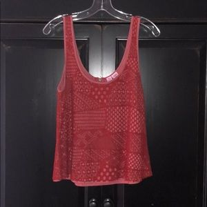 ❤️ Burnt Red tank with crochet overlay ❤️